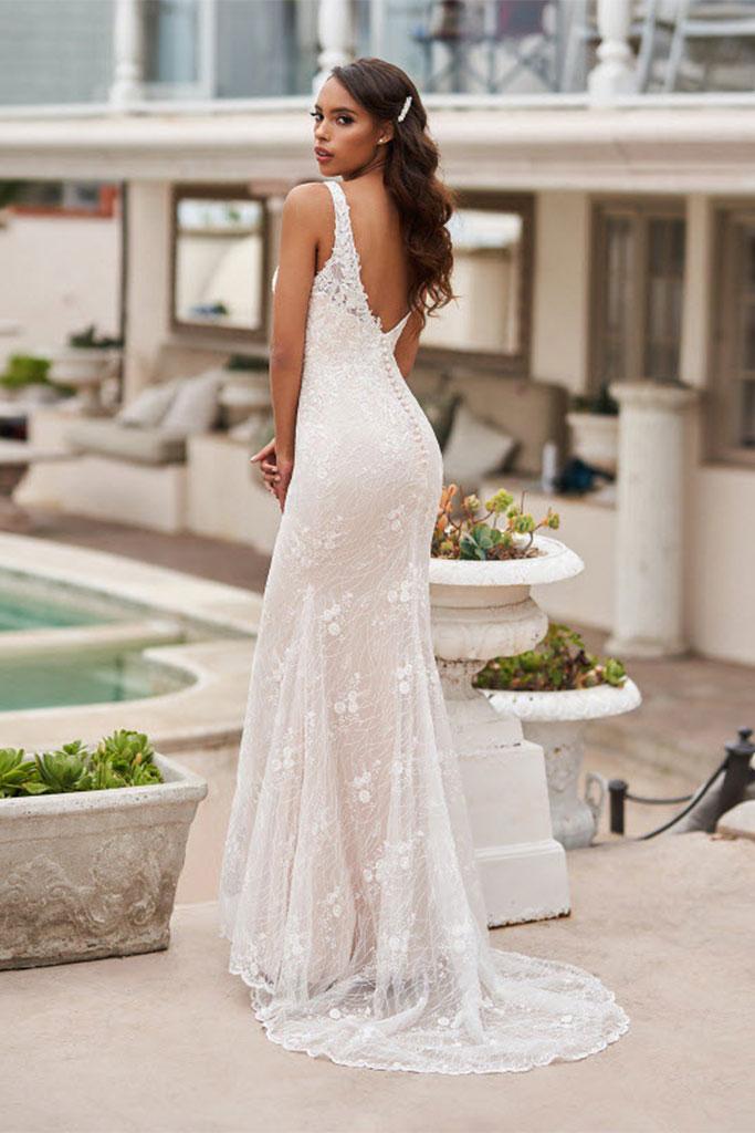 Val Stefani Gowns found at Brides By Elizabeth - San Antonio Weddings